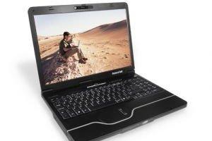 Packard Bell rappelle des batteries de portables qui surchauffent