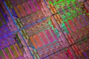 Intel cible les datacenters avec ses puces Xeon E5