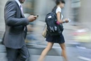 Le r�seau Free Mobile test� dans 30 villes fran�aises : peut mieux faire