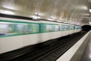 Un réseau WiFi gratuit dans le métro parisien
