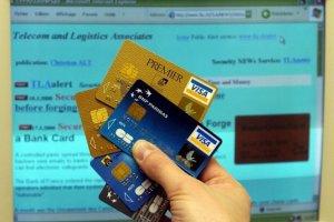 Un tiers des internautes stockent leurs coordonnées bancaires sur leur PC