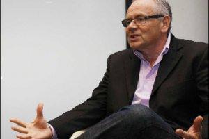 HP nomme Robert Youngjohns, ex-Microsoft, à la tête d'Autonomy