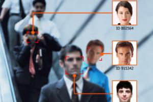Le FBI investit 1 milliard de dollars dans un projet de reconnaissance faciale