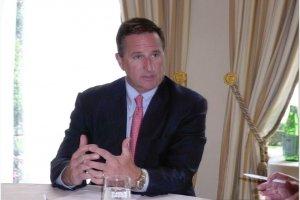 Oracle poursuivi sur le marché des appliances par ses rivaux, constate Mark Hurd