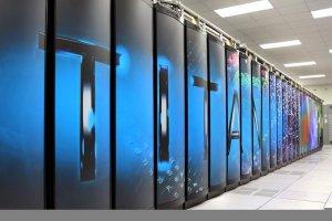 Avec 20 p�taflops, le Titan Cray XK7 vise la 1e place du Top500