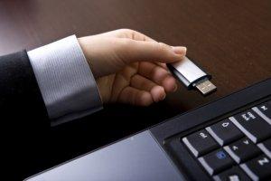Vol de données confidentielles : AMD obtient une injonction temporaire contre 4 anciens salariés