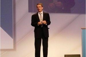 A Paris, Pat Gelsinger décline VMware, du SDDC au cloud hybride