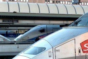 Le WiFi bientôt dans les TGV, mais à quel prix ?
