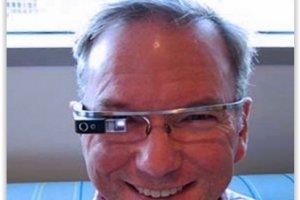 Le patron de Google monte au créneau pour sauver les Glass