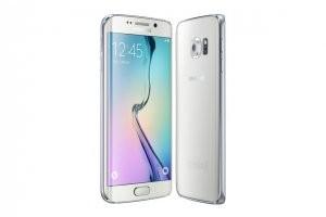 Test Samsung Galaxy S6 edge�: innovant, impressionnant, mais peu pratique
