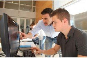L'ESIEE ouvre une filière informatique en apprentissage à Cergy
