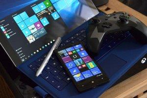 Une tablette Surface Pro 4 et 2 Lumia attendus en octobre