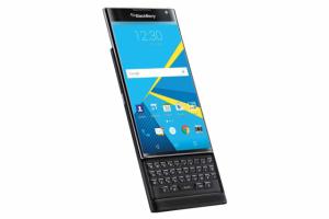 Avec le Priv, Blackberry arrive enfin sur le march� Android