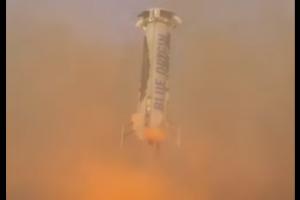 Jeff Bezos, patron d'Amazon, réussit son pari de fusée réutilisable