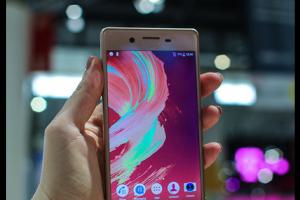 Sony dégaine ses derniers smartphones Xperia au MWC 2016
