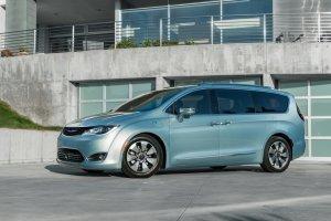 Fiat et Google vont collaborer sur les voitures autonomes