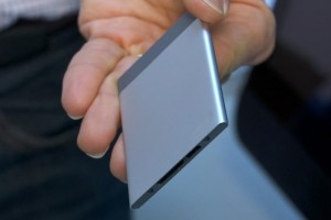 Avec sa Compute Card, Intel relance le PC de poche