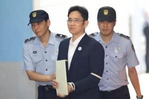 Le vice-président de Samsung écope de 5 ans de prison