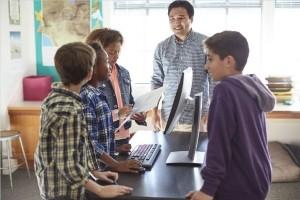 HP France forme 3500 collégiens au code en Isère