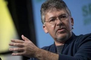 Apple débauche John Giannandrea, patron de l'IA de Google