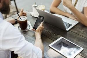 51% des Français pour un travail partagé entre bureau et domicile
