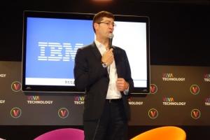 Crédit Mutuel intensifie le recours à IBM Watson sur ses métiers