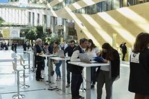 L'Auvergne-Rhône-Alpes et LinkedIn main dans la main pour recruter