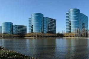 Oracle accusé de sous-payer les femmes et les minorités