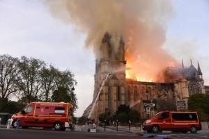Incendie Notre-Dame: Orange Cyberdéfense en mode pompier à la Fondation du Patrimoine