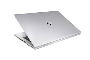 Les ventes de PC sauvent de peu les résultats annuels de HP