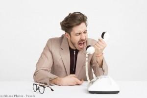 Relation client : les salariés mal équipés