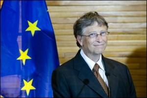 Bill Gates s'éloigne un peu plus de Microsoft