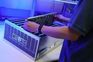 Avec sa puce neuronale Loihi, Intel veut aussi combattre le Covid-19