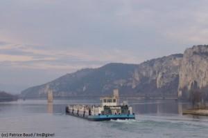 Un test blockchain pour suivre le fret sur l'axe Méditerranée-Rhône-Saône