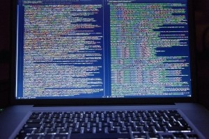 La NSA alerte sur une cyberattaque de Team Sandworm menée par la Russie