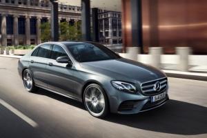 Télex : Les Mercedes-Benz Classe-E vunérables, Trump bannit le business avec Wechat et Tiktok, La Quadrature du Net attaque la reconnaissance faciale