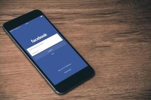 Dossierinterimaire fait circuler ses offres sur Facebook