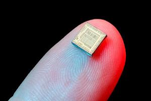 Telex : 6 puces Silicon One gravées en 7 nm chez Cisco, Prevision.io lève 6M€, Microsoft verrouille Minecraft