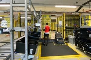Amazon Bretigny : Des robots et des hommes