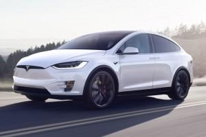 Tesla victime d'un vol de plusieurs milliers de scripts confidentiels