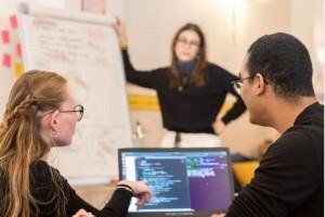 Ada Tech School forme des apprentis codeurs avec ManoMano