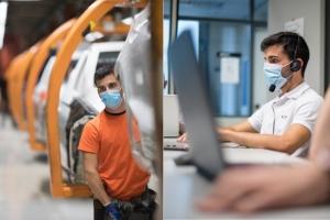 Le constructeur automobile Seat reconvertit des ouvriers au d�veloppement informatique