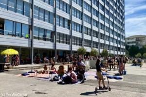Un collectif d'artistes � Marseille connect� avec des bornes WiFi reconditionn�es