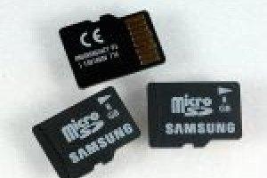 Une carte microSD de 8 Go chez Samsung
