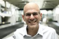 Omer Biran, directeur Conversational AI chez SAP : « Connaître les utilisateurs est fondamental pour bâtir des chatbots pertinents »