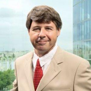 Interview d'Alphonso Castro, directeur de la stratégie interopérabilité chez Microsoft France.