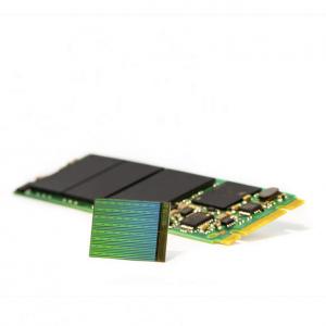 Samsung est capable d'empiler 32 couches sur ses puces 3D-Nand et Toshiba 48 couches.