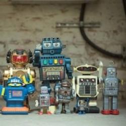 Pour assurer la pérennité des services sociaux, une taxe sur les robots est demandée par des hommes politiques.