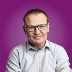 « Notre plateforme iPaaS est l'une des rares dans le monde à proposer de l'intelligence artificielle via une interopérabilité avec le système cognitif IBM Watson », explique Bertrand Masson, CEO de Moskitos.