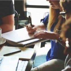 Lesévolutions autour du travail sont entraîné un rééquilibrage entre les profils IT ayant des compétences purement techniques et leurs aptitudes comportementales.Crédit:Vista Hunt.
